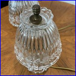 BEAUTIFUL PAIR OF VINTAGE ETCHED GLASS TABLE / BEDSIDE LAMPS, Chandelir Crystal