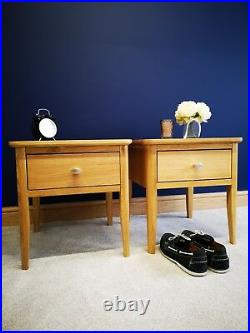 Matching Pair Retro Oak Square Lamp Tables Set of 2 Scandi Low Bedside End Units