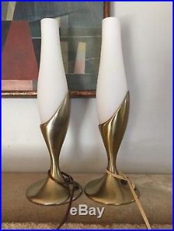 Mid Century Laurel Lamp Pair Table Mantle Tulip Lamps Frosted Glass Shades