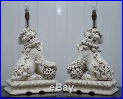 Stunning Pair Of MID Century Ceramic Chinese Lion Foo Dog Guardians Table Lamps