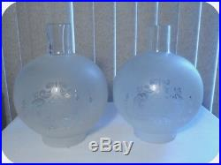 Vtg Pair Etched Frosted Glass Shade Brass Angels Boudoir Table Hurricane Lamps